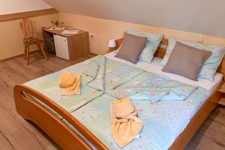 Guesthouse Draga Gostišče Draga Sobe Room 1