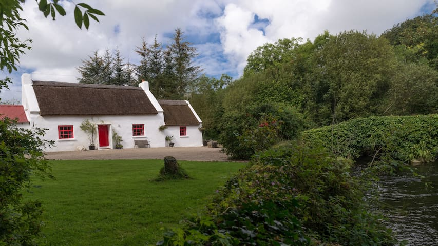 Ray Thatched Cottage