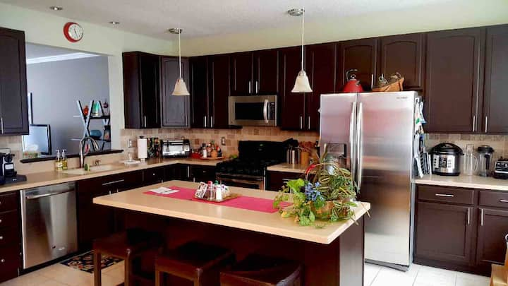 Perfect extended stay Immaculate Townhome.