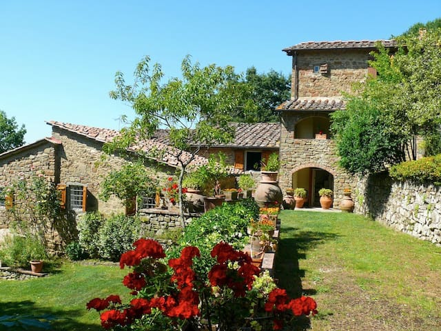 Selvabella in Chianti B&B. Suite Lo Scricciolo - Greve in Chianti - Bed & Breakfast