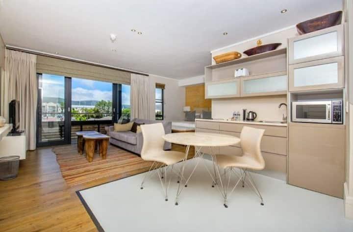 Luxury Gallery apartment - Studio 106