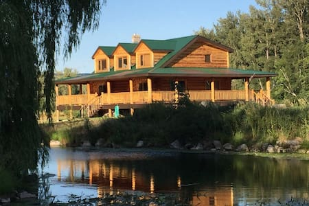Eagle Spring Ranch (Roughing it in Style)