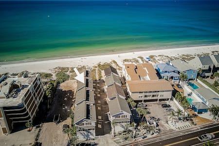 Your Beach Side Retreat!