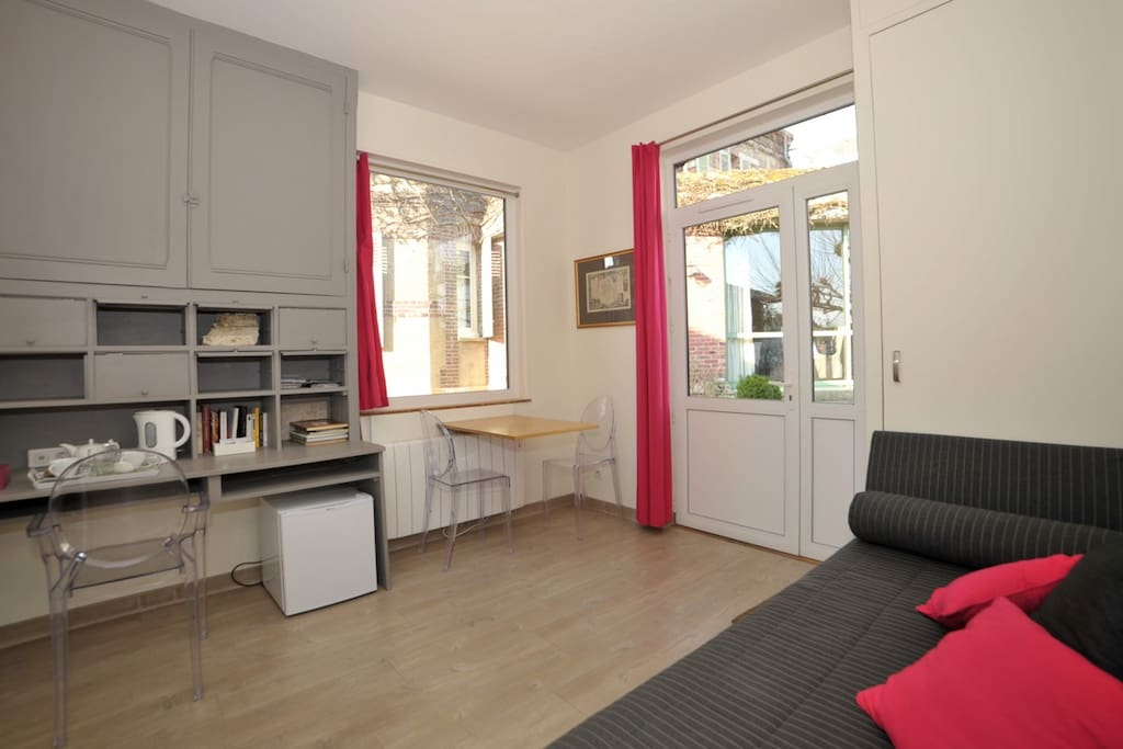 Charming suite city center parking chambres d 39 h tes for Chambre d hote chartres