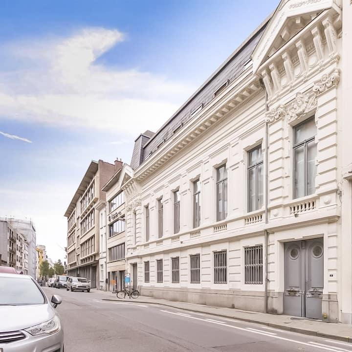 Unieke 180 m2 Loft in het centrum van Antwerpen
