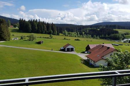 Super uitzicht, vlak bij 3-landenpunt - Haidmühle - Kondominium