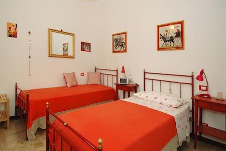 B&B Casa Certosa Camera Rossa Sing. - Ponte A Bozzone