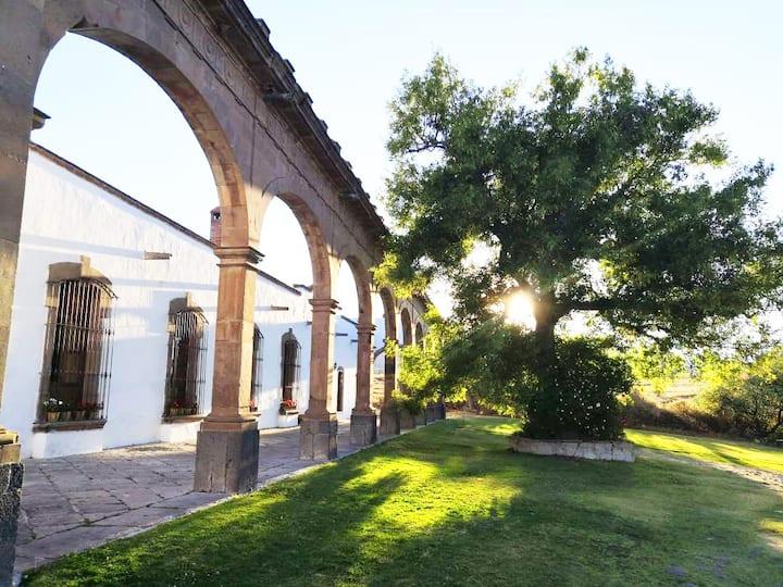 Hermosa Hacienda Colonial