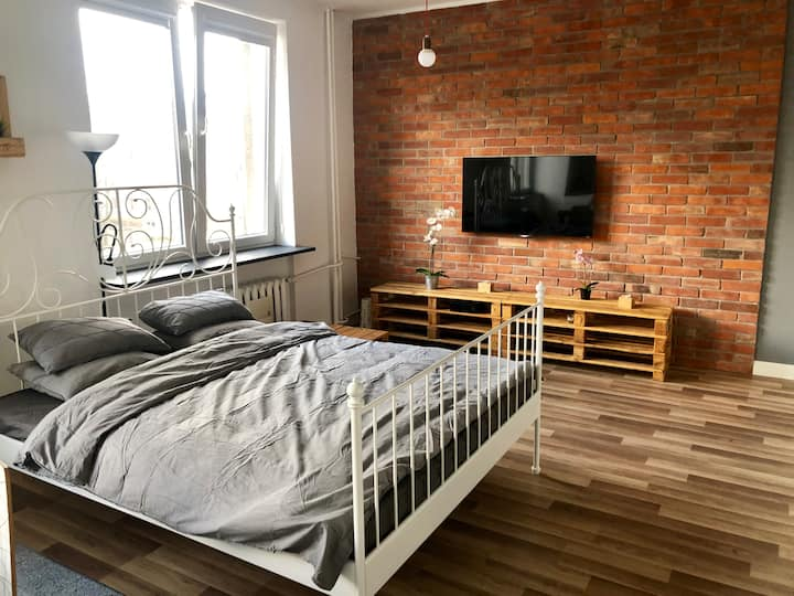 Warsaw City Centre Apartment