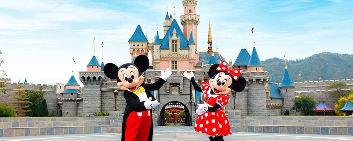 Easy access to Disney World. Our driver will get your there!