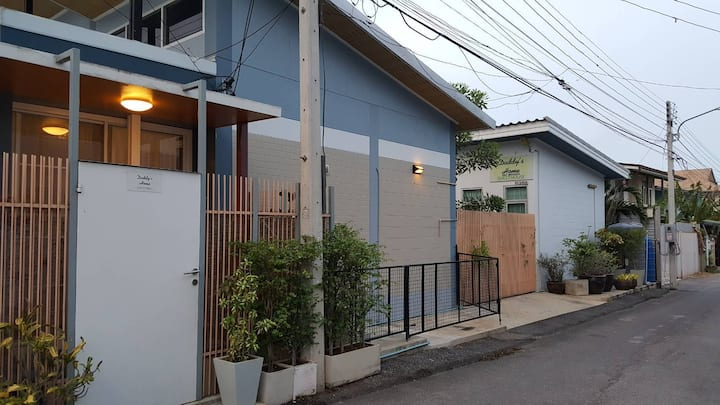 Daddy's Home Huahin 3/Room with free parking