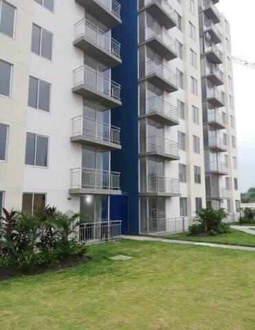 Apartamento en condominio , comodo y bonito