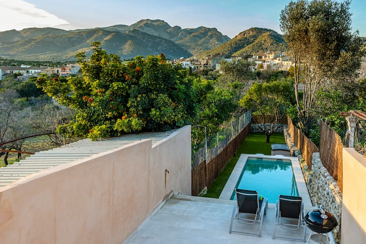 Townhouse Carme with swimming pool