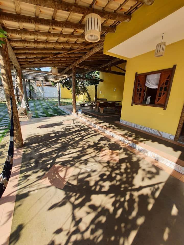 """Casa da Chácara "" Prox. centro Marataízes (wifi)"