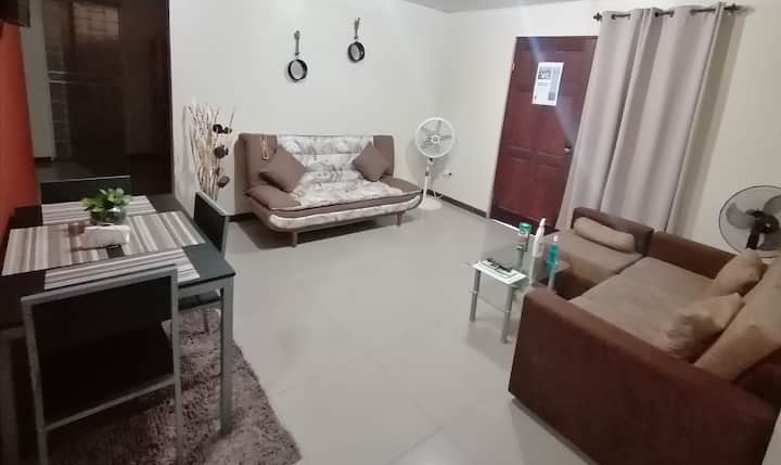VERY COMFY & AFFORDABLE BED & BREAKFAST APARTMENT