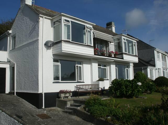 The Brentons Coastal Apartment