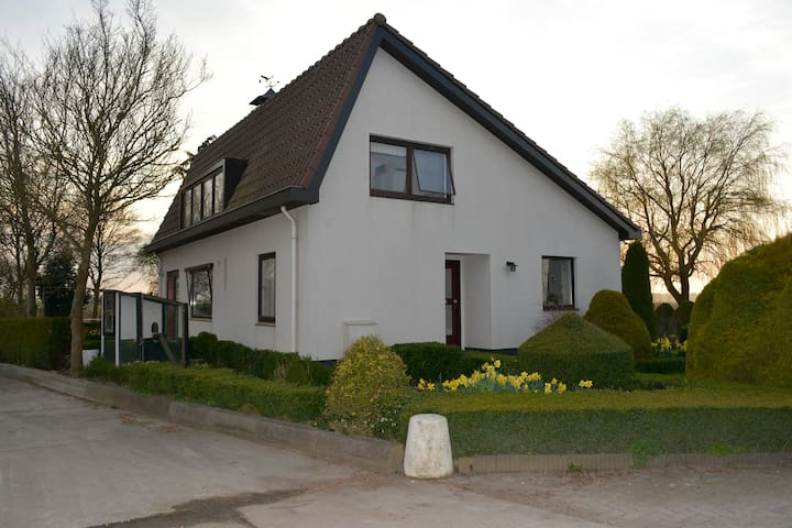Nice and lovely house with a country view! - Lelystad - Casa