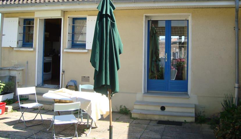 Villa à Wimereux à 2 min plage avec jardin clos - Wimereux - Casa