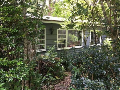 Silverstream Cottage