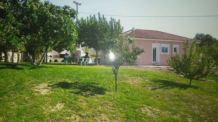 An excellent country house in Kefalonia - Lakithra - Дом
