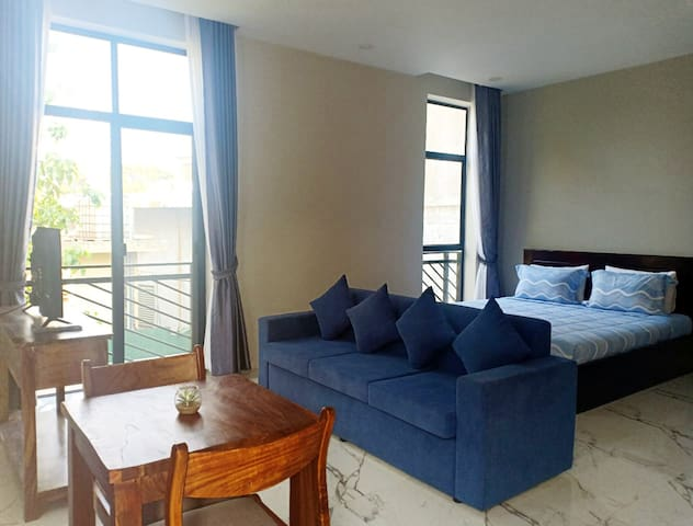 Siem Reap Brand New Spacious Apartment W/ Balcony