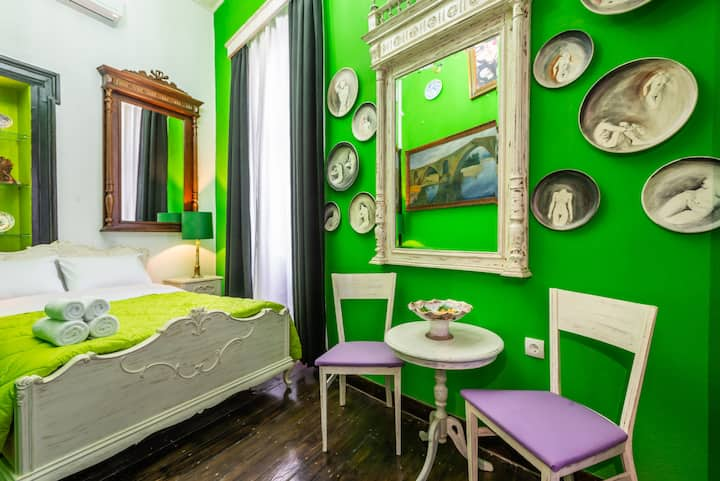 Ermou str urban Vintage Room-5'min to Acropolis