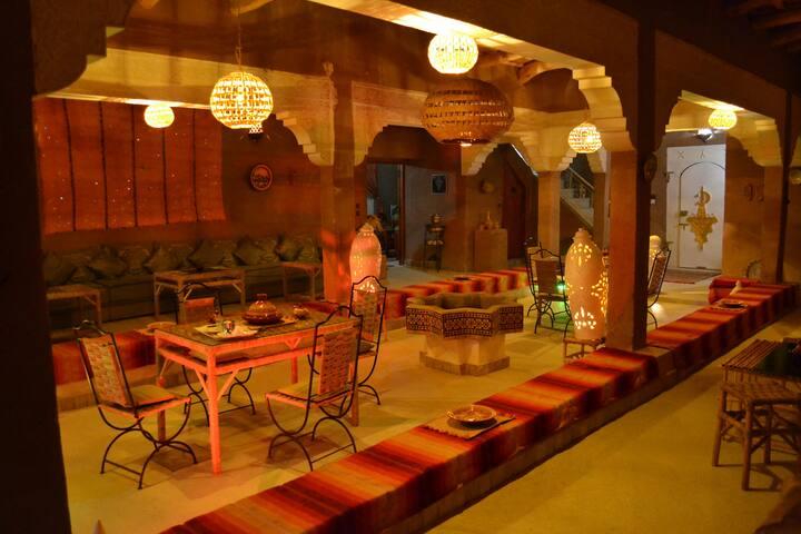 Riad Guset House  Sarayas