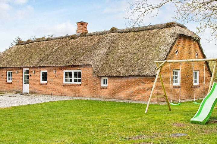 Cozy Holiday Home in Ulfborg near the Sea