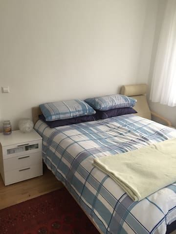 Quite location close to U-Bahn - Stuttgart - Appartement