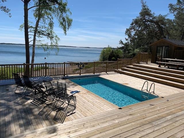 Willa Talludden, Östra Lagnö, pool, bastu, strand
