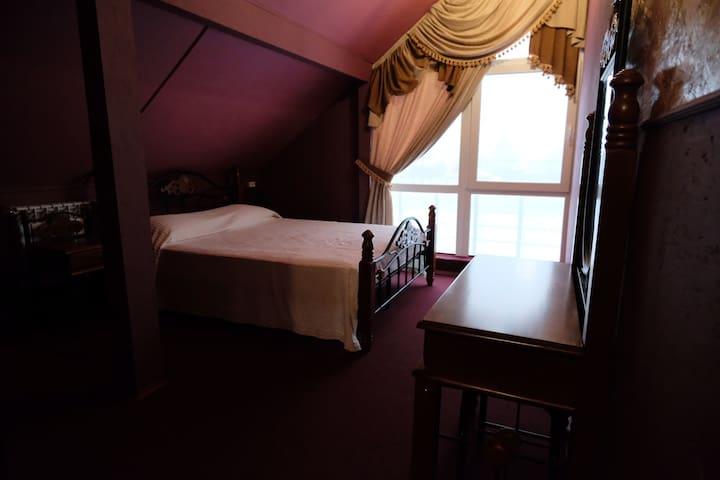 Семейный номер в мини-отеле