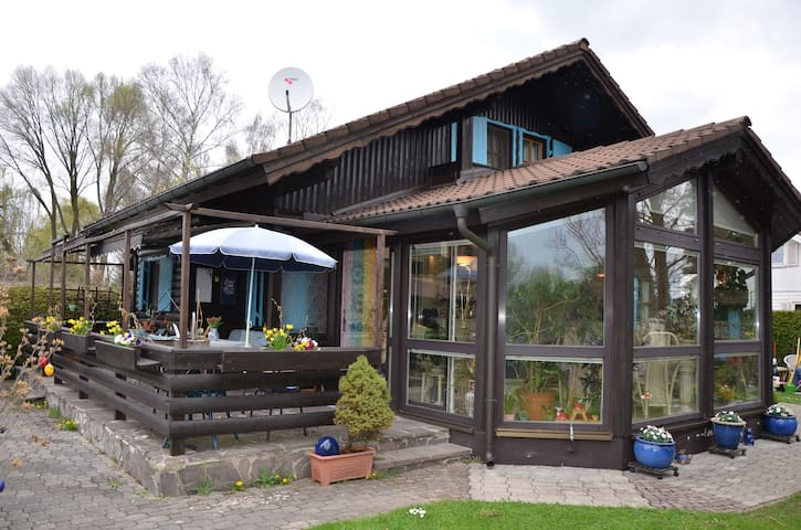 Ferienhaus am Friedberger See - Friedberg - House