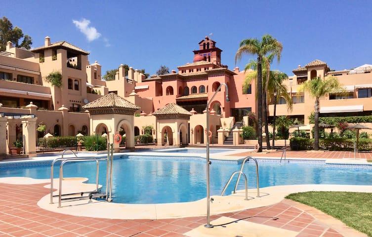 Luxurious duplex 3 bedrooms terraces pools tennis - Estepona - Condo