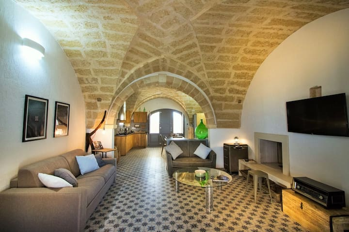 Masseria Prontera Complex / Stylish Apartment in Idyllic Historical Villa