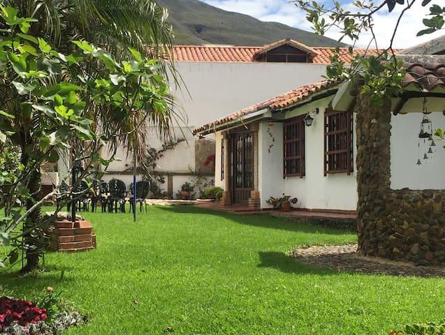 Villa Solita Casa Centro Histórico Villa de Leyva