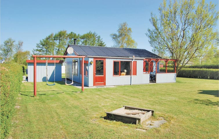 Holiday cottage with 3 bedrooms on 68m² in Nordborg