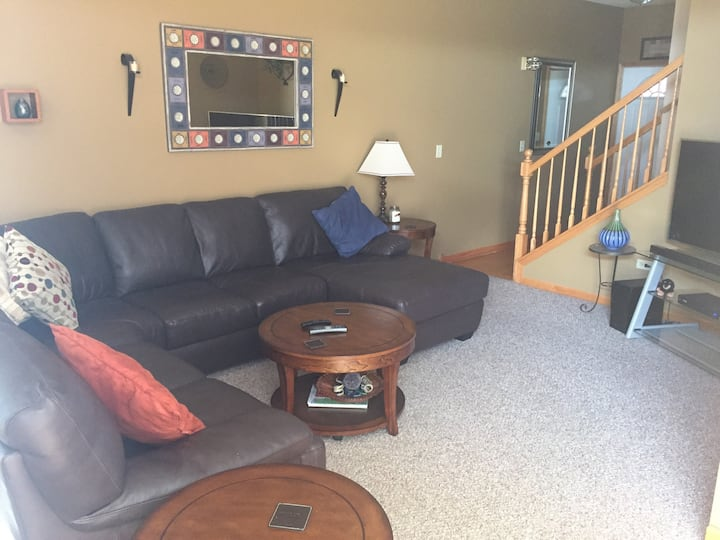 Fully Furnished 30 day monthly rental