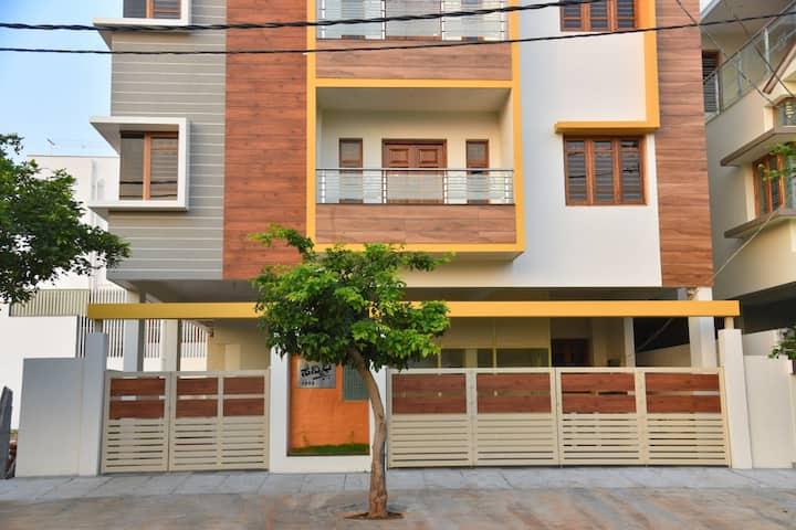 Elegant serviced apartment. Luxurious stay Mysore