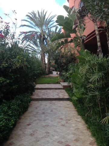 Private room in a beautiful Riad - Casablanca - Bed & Breakfast