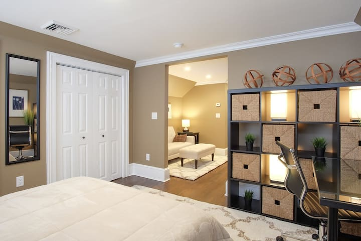 Comfy bedroom with en-suite bathroom and living room