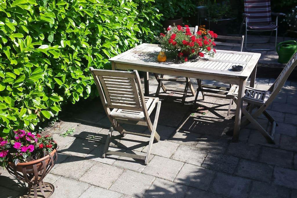 Nice garden, great in the summer