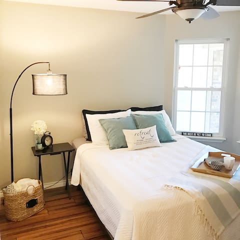 Relax in a quiet neighborhood close to it all. - Granbury - Casa
