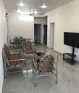 Immanuel Homestay, Flat E, Kalathipady, Kottayam