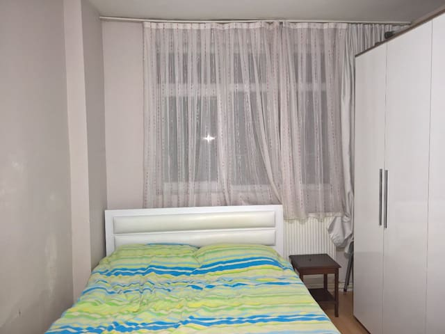 Room in Dikimevi - Çankaya - Appartement