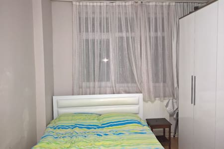 Room in Dikimevi - Çankaya