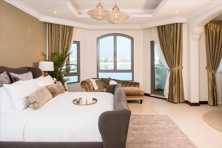 Beautiful 4 Bed Villa, Palm Jumeirah - ドバイ - 別荘