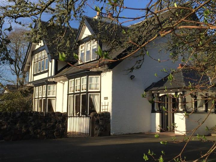 Norwood House