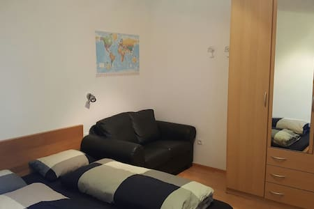 Nice flat with free parking - Feldthurns - Apartamento