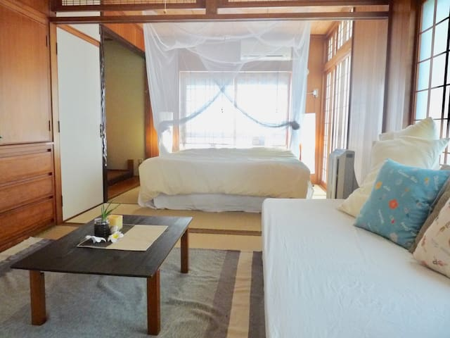 1 minute to the beach~Japanese-style private room~