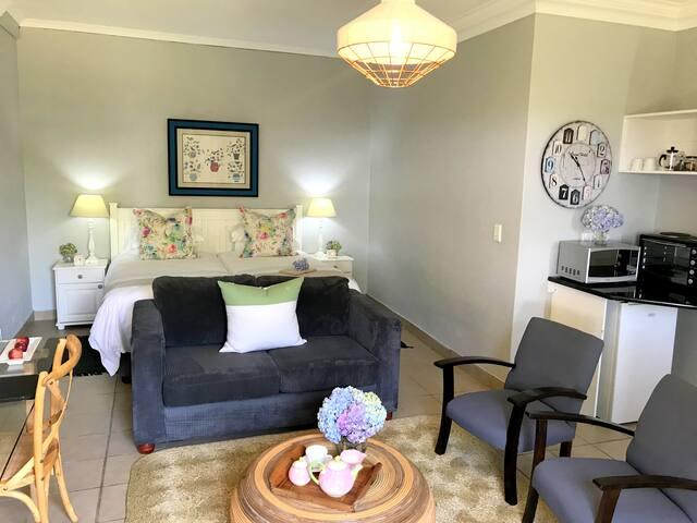 A Kings View Boutique Guesthouse - Garden Suite